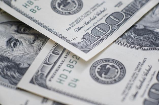 Dinheiro em notas de cem dólares, imagem de fundo do dólar em alta resolução