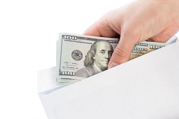 Dinheiro em um envelope, corrupção.
