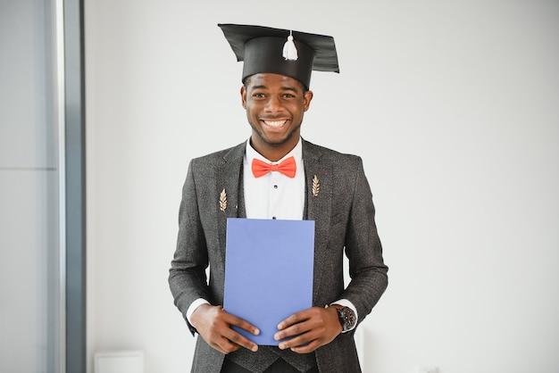 Diploma de pós-graduação afro-americano.