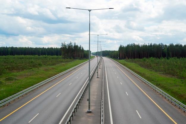 Direção da estrada para são petersburgo