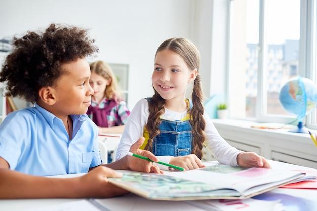 Discussão na aula de leitura