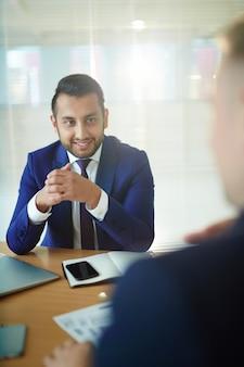 Discutindo o plano de negócios
