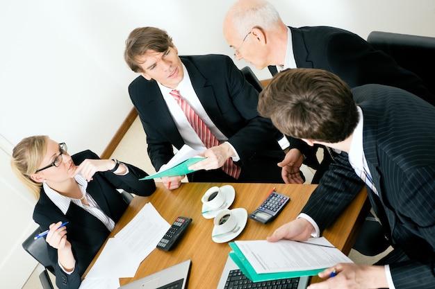 Discutindo propostas