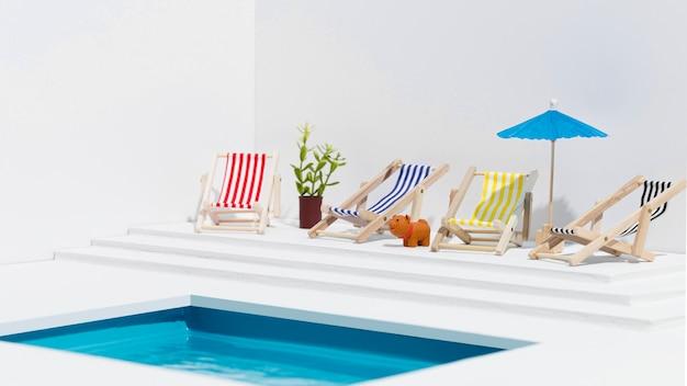 Disposição da vista frontal de pequenos itens de piscina