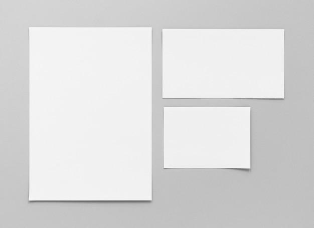 Disposição das folhas de papel vazias da vista superior