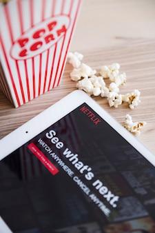 Dispositivo tecnológico com netfilx app