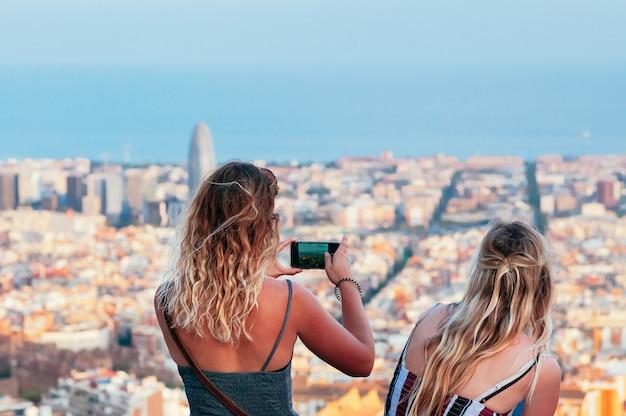 Diversão juntos em barcelona
