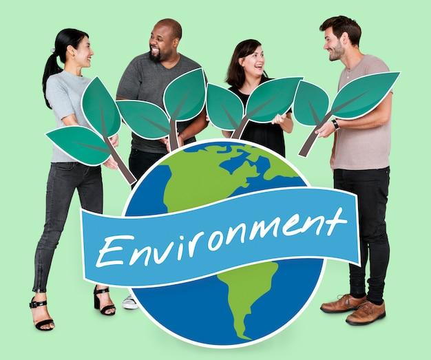 Diversas pessoas com ícones do conceito de conservação ambiental