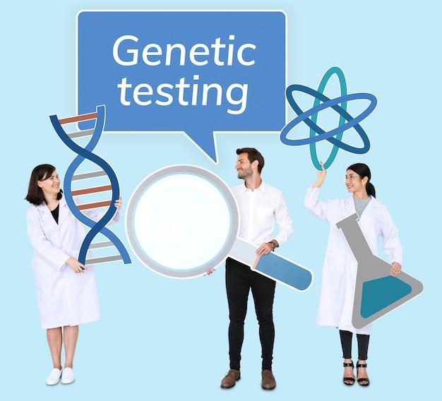 Diversas pessoas segurando ícones de testes genéticos