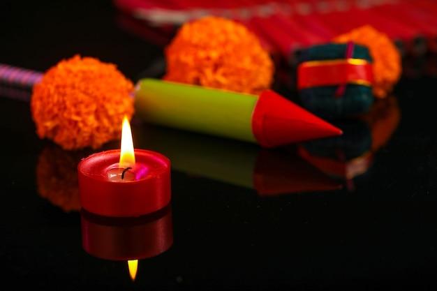 Diwali diya com biscoitos de fogo