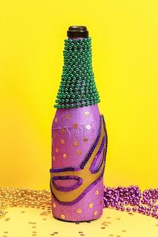 Diy mardi gras garrafa de papel adesivo roxo