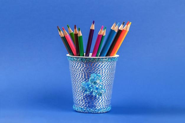 Diy porta-lápis de vidro plástico
