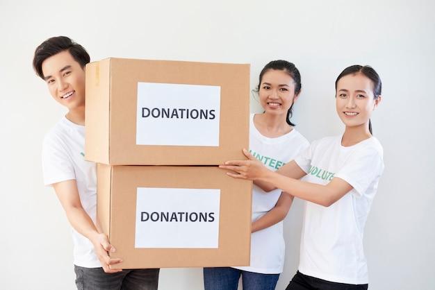 Doações para pessoas pobres