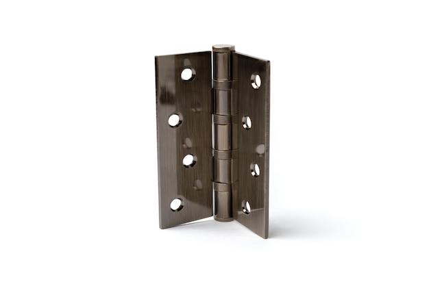 Dobradiças da porta de aço inoxidável isoladas no fundo branco