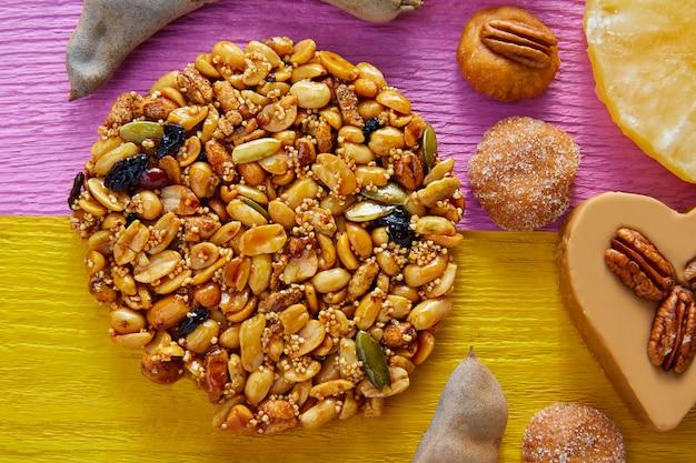 Doce mexicano doce palanqueta com amendoim