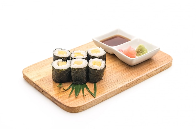 Doce ovo maki (tamago) - estilo de comida japonesa