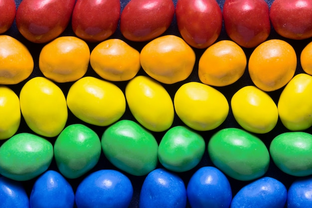 Doces da cor do arco-íris