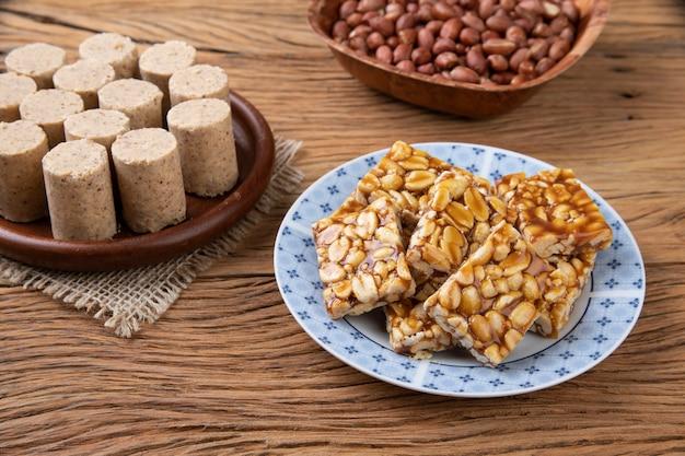 Doces de amendoim, comida típica da festa junina. festa junina.