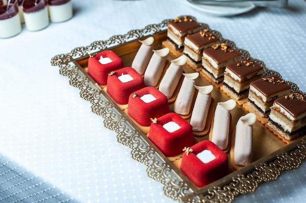 Doces de casamento em barra de chocolate