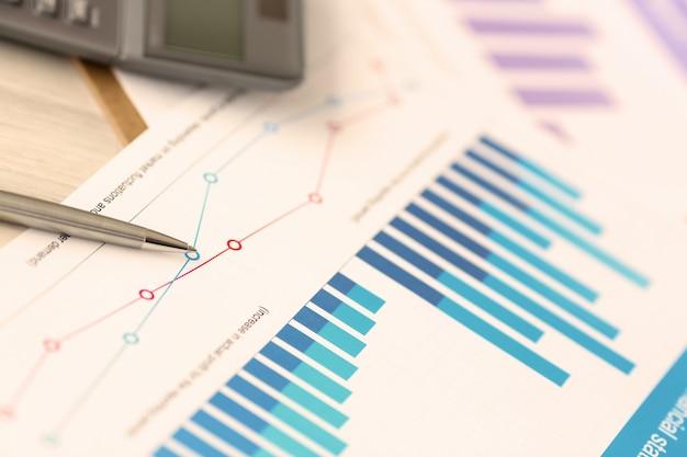 Documento da conta corporativa da receita de despesas de controle