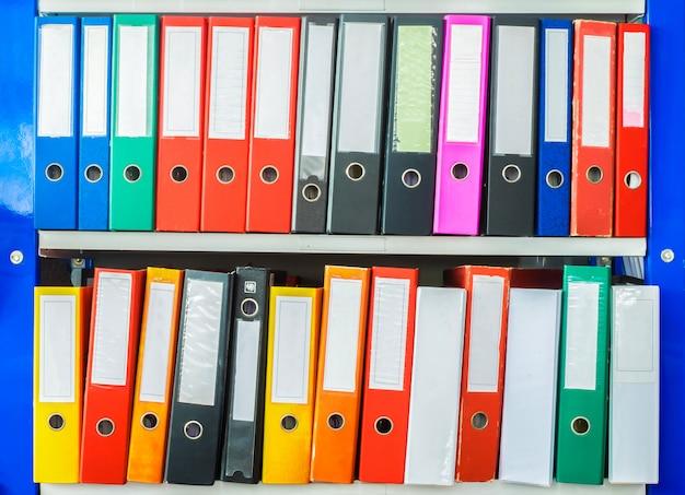 Documento de pasta de escritório colorido