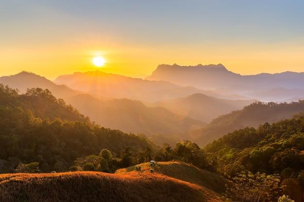 Doi luang chiang dao, bela montanha