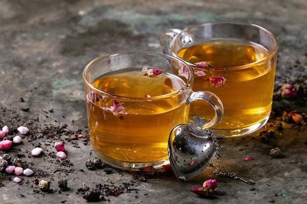 Dois copos de chá quente
