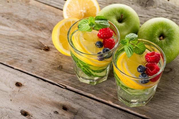 Dois, fresco, limão, smoothies