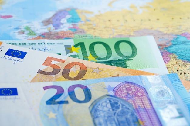 Dólar americano, ligado, globo, mapa mundial