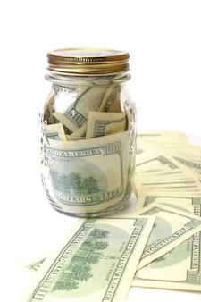 Dólar no banco em um fundo branco