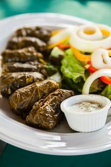 Dolma de aperitivo tradicional