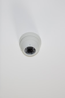 Dome câmeras seguras em branco claro câmera de vigilância de segurança cctv