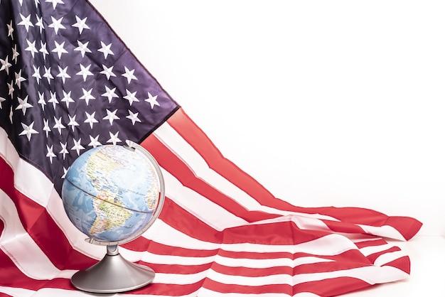 Domínio americano da aliança militar mundial aukus