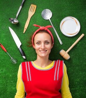 Dona de casa na grama