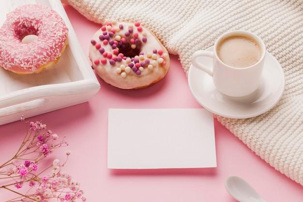 Donuts no café da manhã