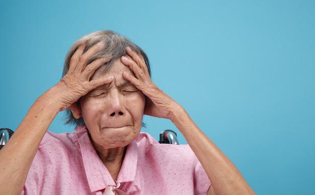 Dores de cabeça e enxaquecas geriátricas