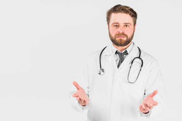 Doutor, com, surpreendido, rosto, shrugging, ombros