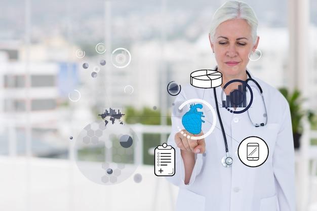Doutor que usa um aplicativo virtual