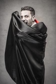 Drácula assustador no halloween