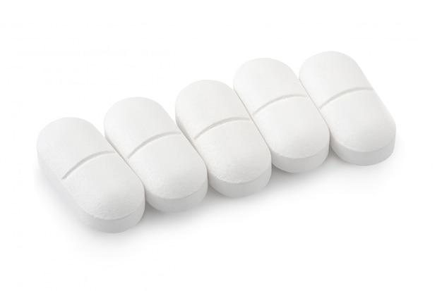 Drogas de paracetamol isoladas no branco