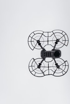 Drone voando pelo ar