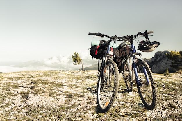 Duas bicicletas