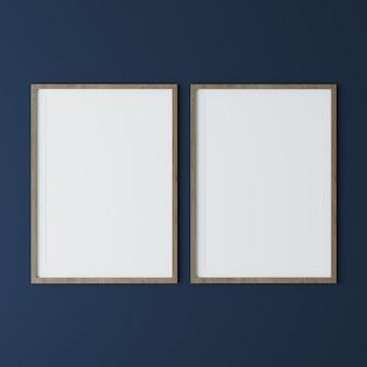 Duas molduras verticais de madeira na parede azul escura