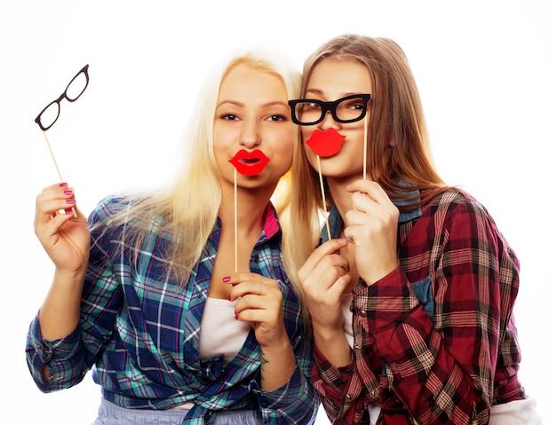 Duas mulheres elegantes hipster sexy