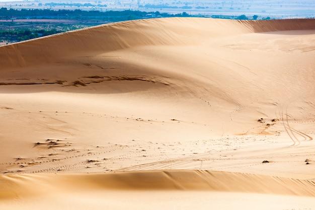 Dunas de areia branca, mui ne, vietnã
