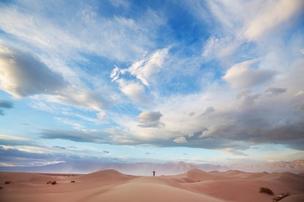 Dunas de areia no parque nacional do vale da morte, califórnia, eua