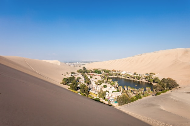 Dunas do deserto de huacachina