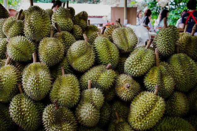 Durian à venda
