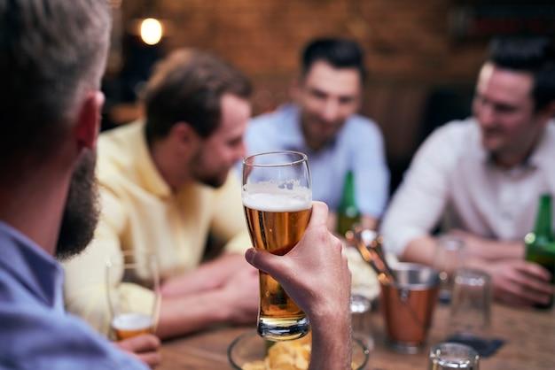 É o seu bar preferido com a melhor cerveja