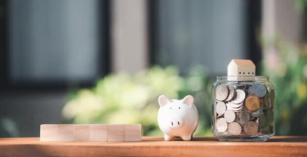 Economizando dinheiro para casa